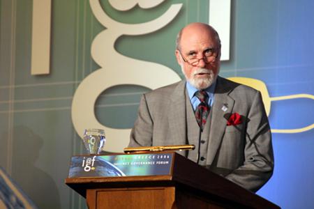 Vint Cerf podium