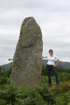 Rachel standing stone thumb